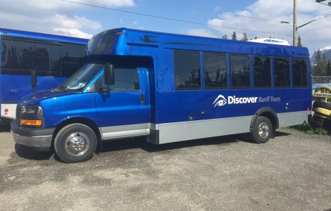 Discover_Banff_Micro_Bird_Bus